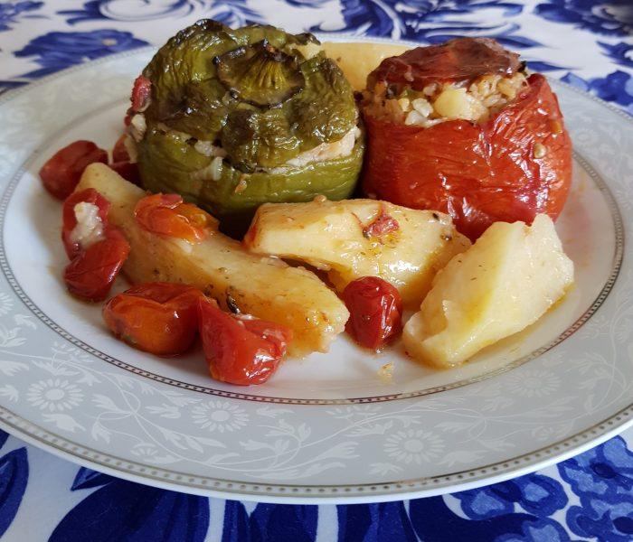 ghemista ricetta greca pomodori e peperoni ripieni